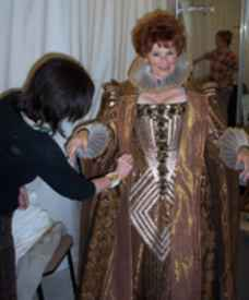 Marion Ross as Queen Elizabeth at the Old Globe Theatre 